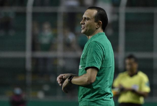 Habla Alejandro Restrepo, DT de Atlético Nacional. Foto: VizzorImage / Gabriel Aponte