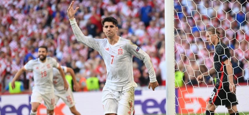 Álvaro Morata celebrando con España / Foto AFP